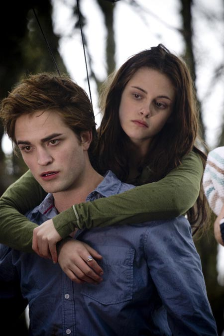 TWILIGHT PICS!!!! Twilight-still-staring